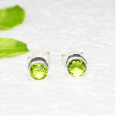 Attractive GREEN PERIDOT Gemstone Earrings, Birthstone Earrings, 925 Sterling Silver Earrings, Fashion Handmade Earrings, Stud Earrings, Gift Earrings