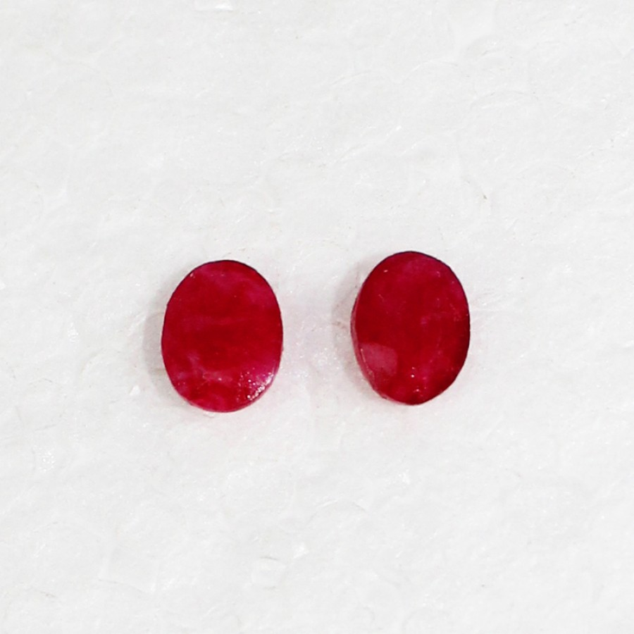 Amazing NATURAL INDIAN RUBY Gemstone, AAA Quality Faceted Gemstone, Size 7x5 mm Oval Cut & 0.90 ct Weight Per Piece, Red Gemstone, Loose Gemstones