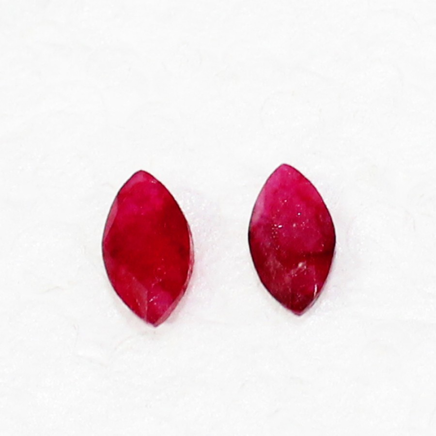 Beautiful NATURAL INDIAN RUBY Gemstone, AAA Quality Faceted Gemstone, Size 8x4 mm Marquise Cut & 0.80 ct Weight Per Piece, Red Gemstone, Loose Gemstones