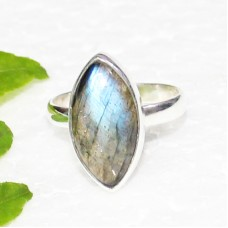 Beautiful NATURAL BLUE FIRE LABRADORITE Gemstone Ring, Birthstone Ring, 925 Sterling Silver Ring, Fashion Handmade Ring, All Ring Size, Gift Ring