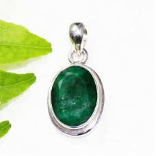 Gorgeous NATURAL INDIAN EMERALD Gemstone Pendant, Birthstone Pendant, 925 Sterling Silver Pendant, Fashion Handmade Pendant, Free Chain, Gift Pendant