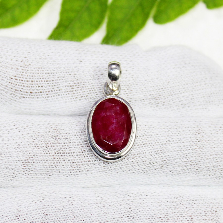 Awesome NATURAL INDIAN RUBY Gemstone Pendant, Birthstone Pendant, 925 Sterling Silver Pendant, Fashion Handmade Pendant, Free Chain, Gift Pendant