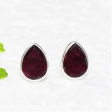 Beautiful NATURAL RED GARNET Gemstone Earrings, Birthstone Earrings, 925 Sterling Silver Earrings, Fashion Handmade Earrings, Stud Earrings, Gift Earrings