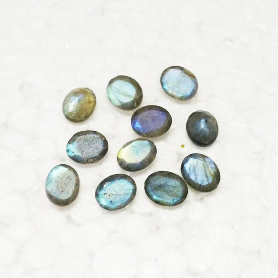 Beautiful NATURAL BLUE FIRE LABRADORITE Gemstone, AAA Quality Faceted Gemstone, Size 10x8 mm Oval & 2.40 ct Weight, Black Rainbow, Loose Gemstones