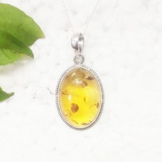 Beautiful BALTIC AMBER Gemstone Pendant, Birthstone Pendant, 925 Sterling Silver Pendant, Fashion Handmade Pendant, Free Chain, Gift Pendant