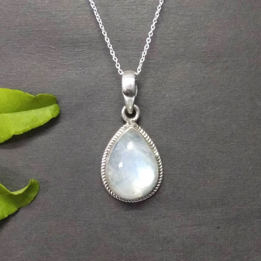 Awesome NATURAL FIRE RAINBOW MOONSTONE Gemstone Pendant, Birthstone Pendant, 925 Sterling Silver Pendant, Fashion Handmade Pendant, Free Chain, Gift Pendant