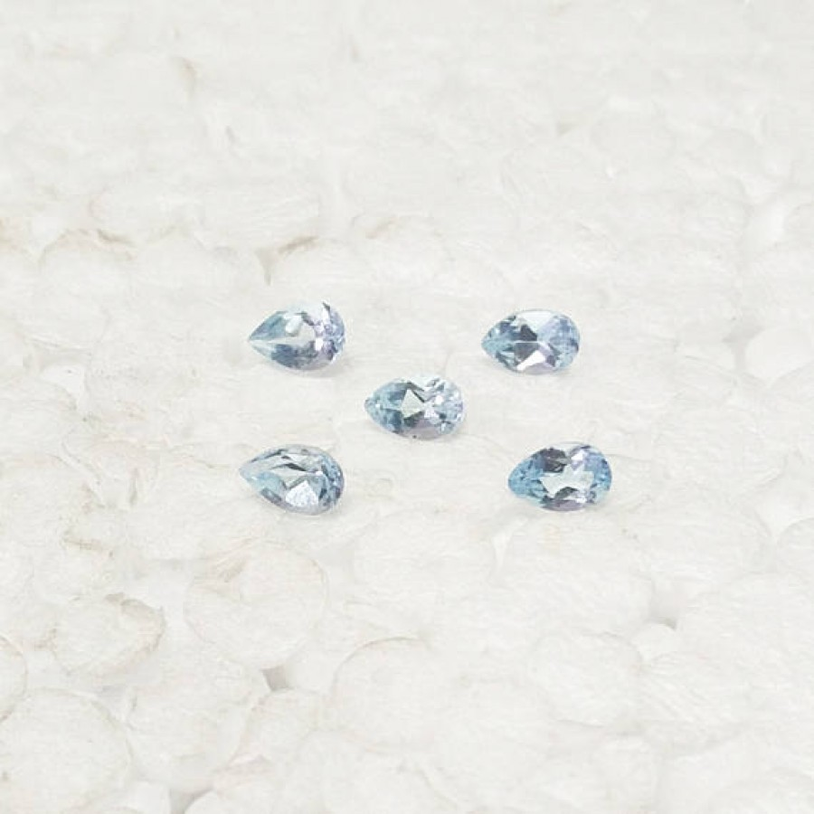 Attractive NATURAL SKY BLUE TOPAZ Gemstone, AAA Quality Faceted Gemstone, Size 6x4 mm Pear & 0.47 ct Weight Per Piece, Blue Gemstone, Loose Gemstones
