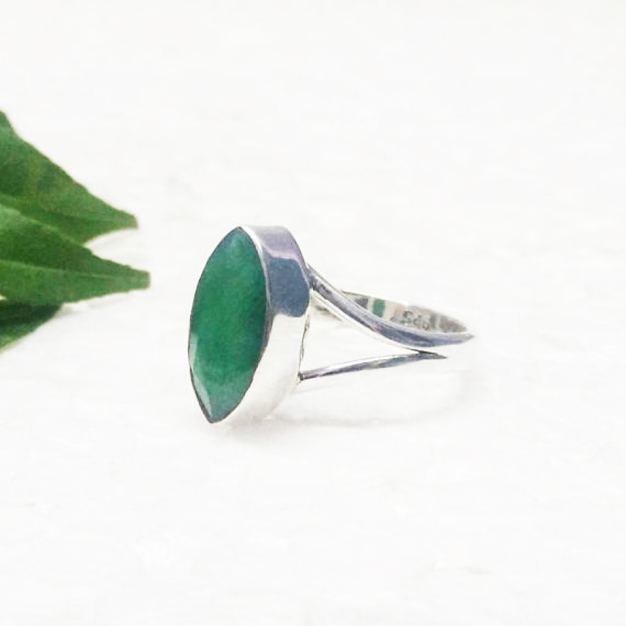 Amazing NATURAL INDIAN EMERALD Gemstone Ring, Birthstone Ring, 925 Sterling Silver Ring, Fashion Handmade Ring, All Size, Gift Ring