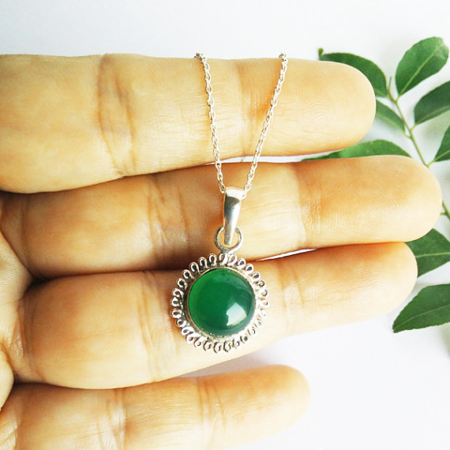 Attractive GREEN ONYX Gemstone Pendant, Birthstone Pendant, 925 Sterling Silver Pendant, Fashion Handmade Pendant, Free Chain, Gift Pendant