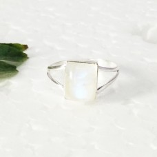 Beautiful NATURAL BLUE FIRE RAINBOW MOONSTONE Gemstone Ring, Birthstone Ring, 925 Sterling Silver Ring, Fashion Handmade Ring, All Ring Size, Gift Ring