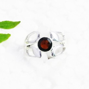 Beautiful NATURAL GARNET Gemstone Ring, Birthstone Ring, 925 Sterling Silver Ring, Fashion Handmade Ring, All Ring Size, Gift Ring