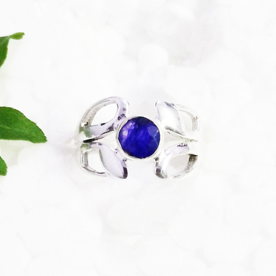 Awesome NATURAL INDIAN BLUE SAPPHIRE Gemstone Ring, Birthstone Ring, 925 Sterling Silver Ring, Fashion Handmade Ring, All Ring Size, Gift Ring