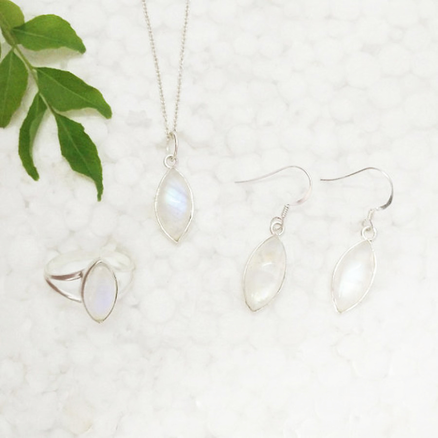 Amazing NATURAL BLUE FIRE RAINBOW MOONSTONE Gemstone Combo Set, 925 Sterling Silver Ring, Earrings & Pendant With Free Chain, Handmade Jewelry, Gift Jewelry