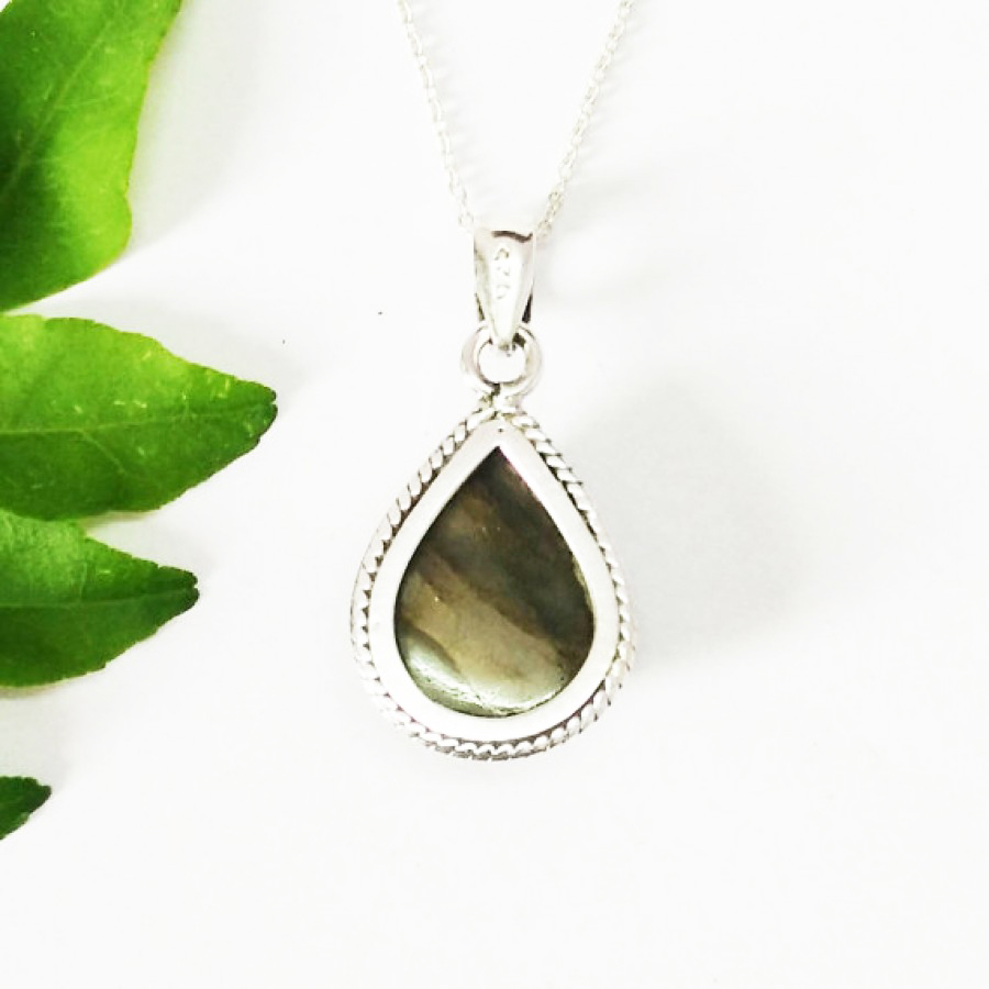 Amazing NATURAL BLUE FIRE LABRADORITE Gemstone Pendant, Birthstone Pendant, 925 Sterling Silver Pendant, Fashion Handmade Pendant, Free Chain, Gift Pendant